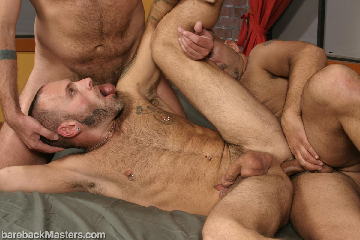 Bareback-Masters-Bud-Allen-and-Sky-Fairmount-and-Patrick-Ives-Hairy-Bears-Bareback-Sex-Amateur-Gay-Porn-14 Craigslist Hookup Leads To A Bareback Threeway With 3 Bears