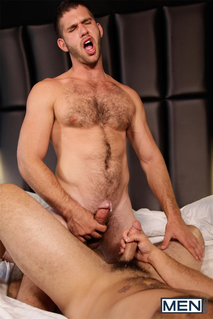Men Derek Atlas and Jimmy Fanz Hairy Muscle Hunks Big Cocks Fucking Amateur Gay Porn 19 Hairy Muscle Hunk Derek Atlas Bottoms For Big Cock Jimmy Fanz