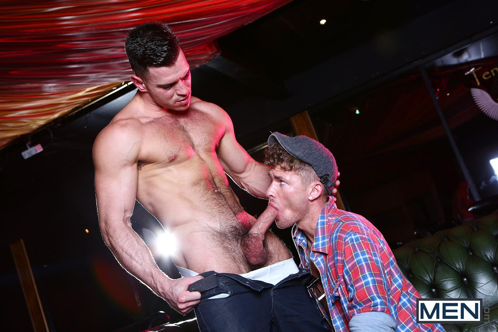 Men Paddy OBrian and McKenise Cross Muscle Hunks With Horse Cocks Fucking Amateur Gay Porn 12 Paddy OBrian Fucking McKensie Cross With His Big Thick Cock