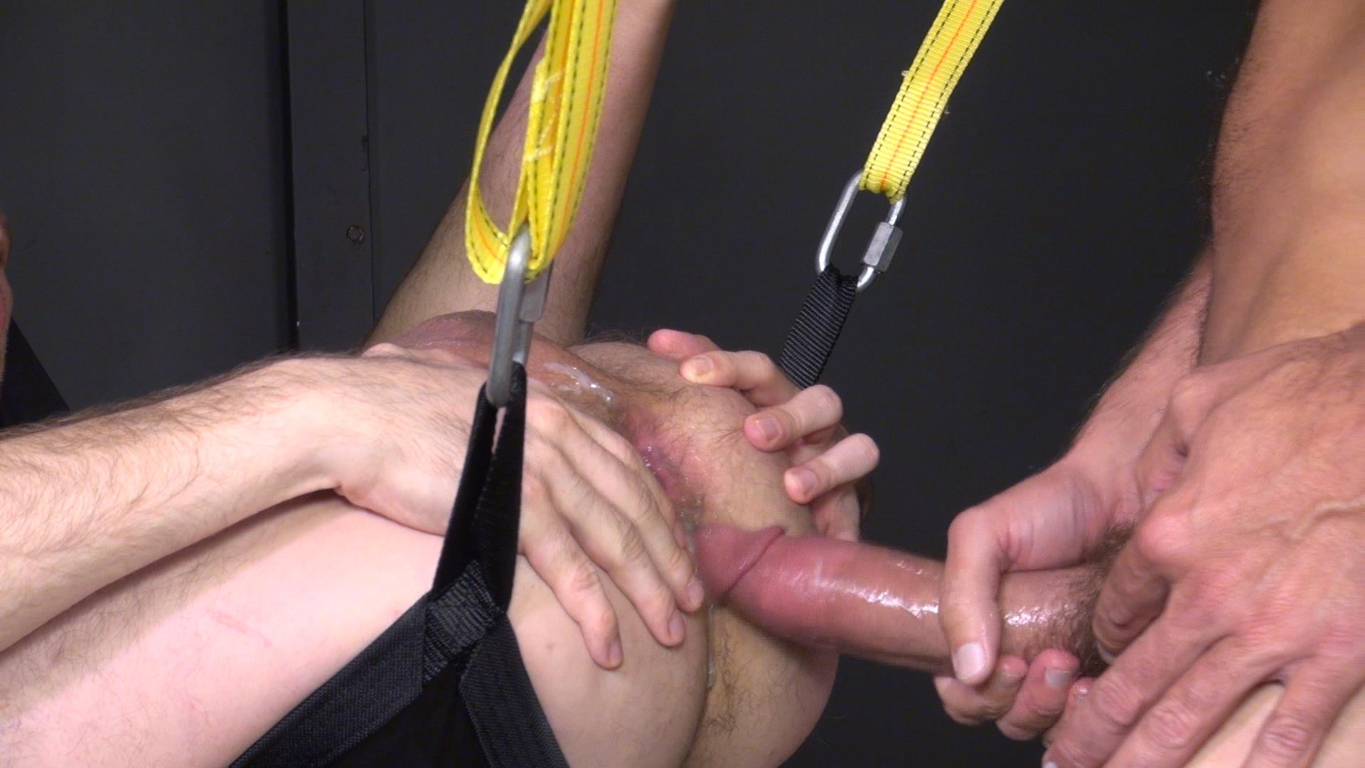 Raw-and-Rough-Blake-Dawson-and-Super-Steve-Horse-Cock-Bareback-Breeding-Amateur-Gay-Porn-01 Huge Cock Bareback Breeding A Tight Hole In A Sex Sling