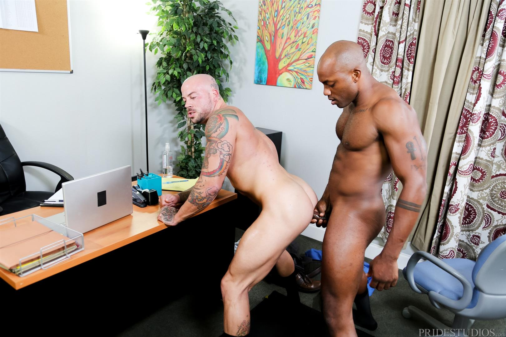 Sean-Duran-and-Osiris-Blade-Extra-Big-Dicks-Black-Cock-Interracial-Amateur-Gay-Porn-15 White Muscle Hunk Takes A Big Black Cock Up The Ass During A Job Interview