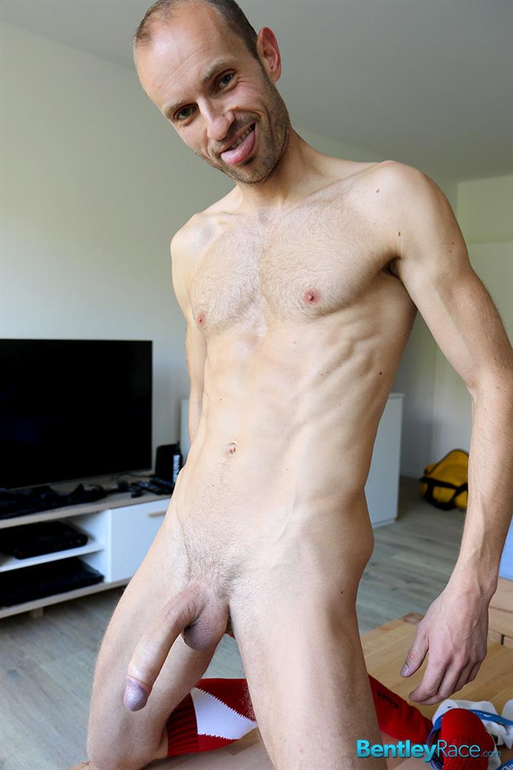 Bentley-Race-Dave-Neubert-German-Guy-With-A-Big-Uncut-Cock-Gets-Fucked-Big-Uncut-Cock-Amateur-Gay-Porn-11 Hung German Auditions For Gay Porn and Ends Up Getting Fucked In The Ass